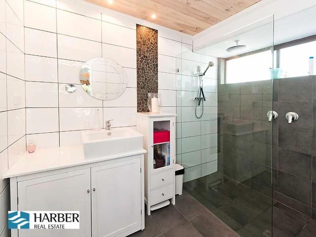 Clan interior designs perth wa last home sold this year for Bathroom designs perth wa