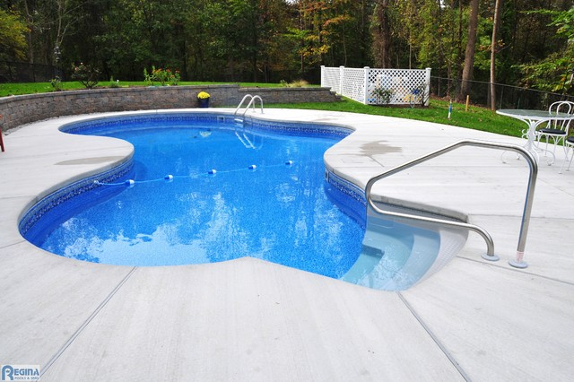 Building a Pool hot-tub-and-pool-supplies