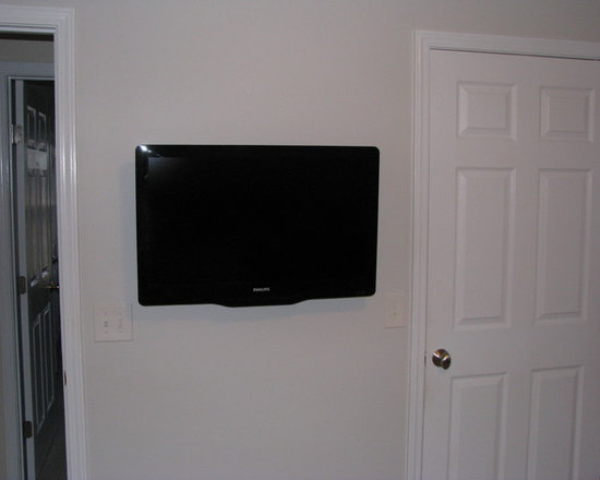 Starglen Ct. - Master bedroom flat panel installation
