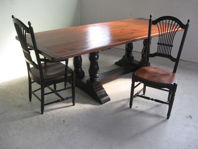 Reclaimed Wood Table with Double Column Trestle  : farmhouse dining tables from houzz.com size 640 x 480 jpeg 82kB