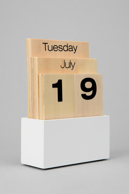 Wood Desk Calendar Inspirate Great Pictures