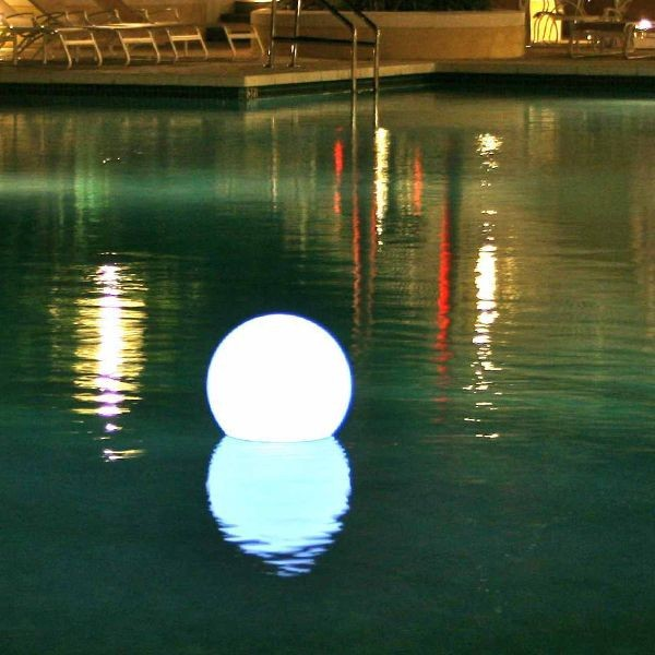 Ball Floating Rechargeable Outdoor Light Outdoor