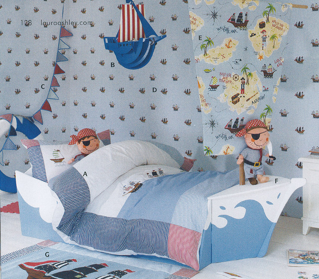 Laura ashley pirate ships wallpaper eclectic kids for Childrens pirate bedroom ideas
