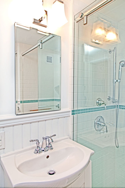 Kathleen T. traditional-bathroom