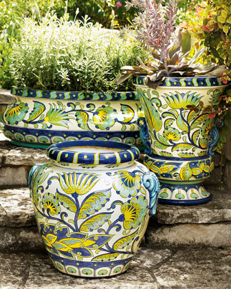 Large Jar traditional outdoor planters