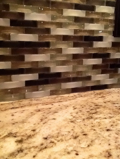 Best way to remove tile backsplash