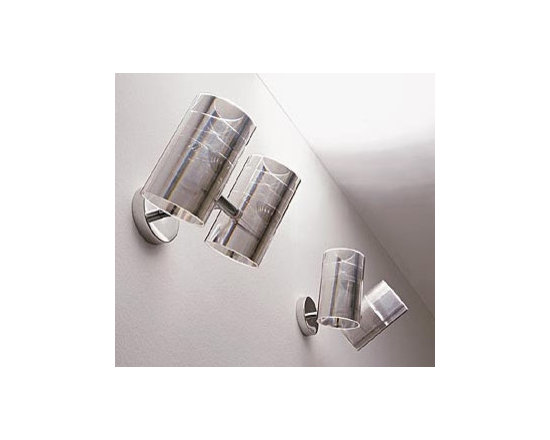 OPTICAL WALL LAMP \ SCONCE BY PALLUCCO LIGHTING - Optical Wall by Pallucco is a series of standard, wall and hanging lights, with cylindrical diffusers in transparent methacrylate and a frame in polished aluminum.