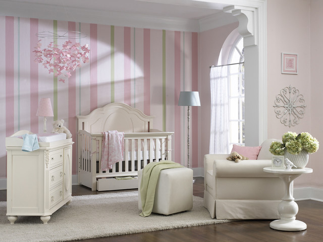 Night time feedings a easier in a cute Nursery!  