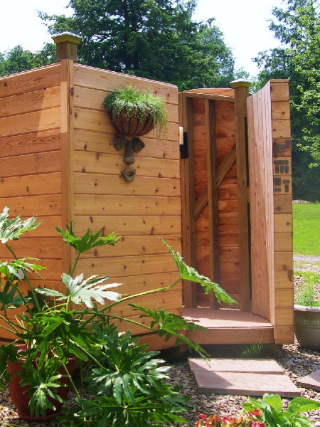 Outdoor Shower traditional-hot-tub-and-pool-supplies