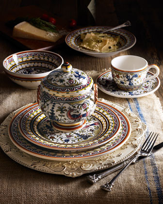 20-Piece Pavoes Dinnerware Service traditional dinnerware