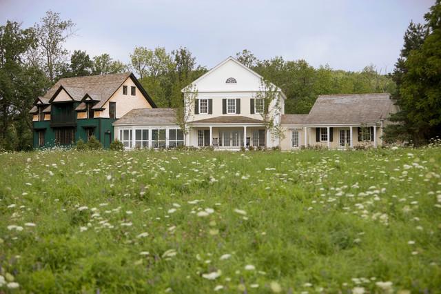 Exteriors farmhouse-exterior