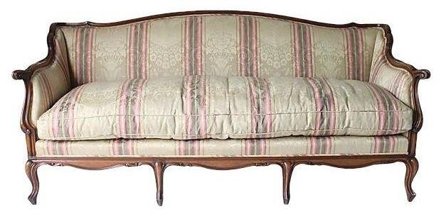 Pre owned French Style Sofa Farmhouse Sofas