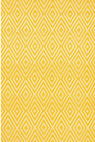 Indoor/Outdoor Diamond Canary/White Rug modern-rugs
