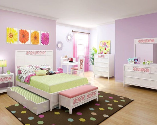 Kids Furniture - The Hearts Collection bedroom set is perfect for a young girl as she transitions to a teenager. With four different colored panel inserts, the furniture can be transformed in seconds to match the changing tastes of a growing girl. Decorate a whole bedroom with the charming Hearts bedroom collection.