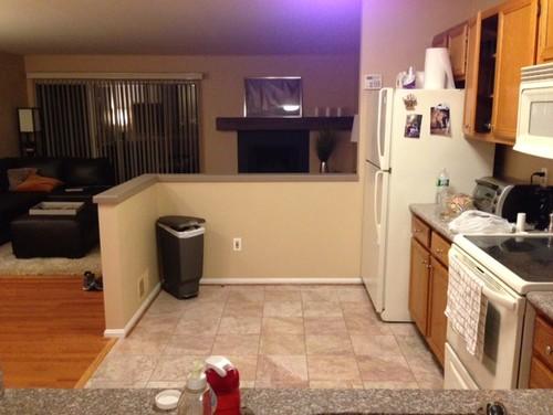 Bizarre kitchen corner..HELP!!