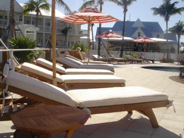 Residences  Traditional  Outdoor Chaise Lounges  miami