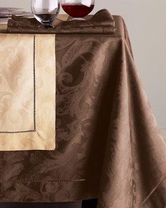 SFERRA Oblong Cloth traditional-tablecloths