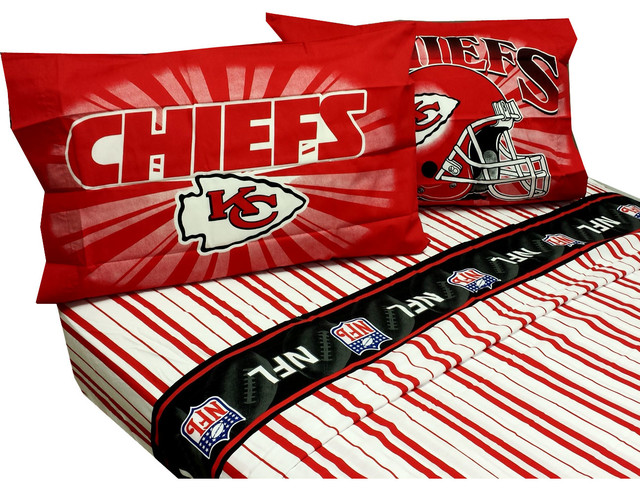 Nfl Kansas City Chiefs Football Pinstripe Full Bed