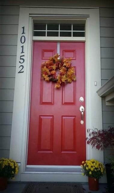 Benjamin Moore Caliente Redfront Door