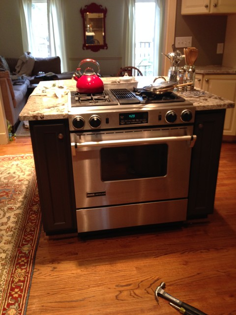 Countertop Around Stove : Kitchen Island New Granite Countertops Built-In Stove - Contemporary ...