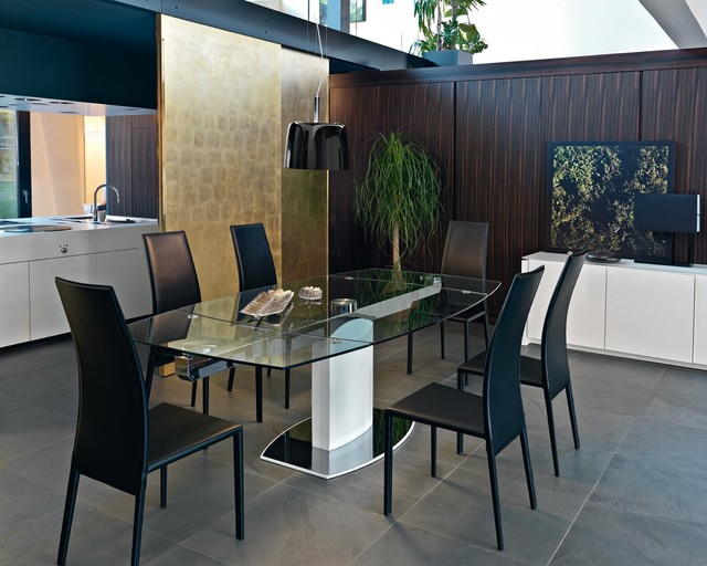 Dining room with Calligaris Charme Chair contemporary-dining-room