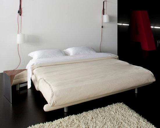 Multy - Ligne Roset - Multy sofa bed, Peninsule side table.