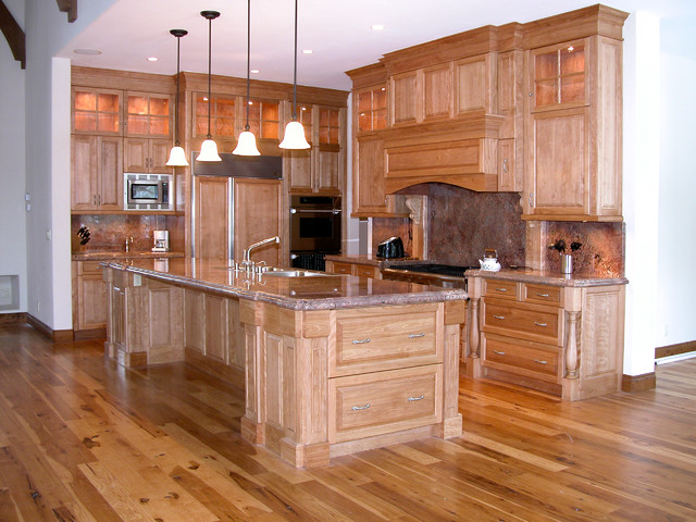 Custom Kitchen Islands & Storage Traditional Kitchen Islands And Kitc