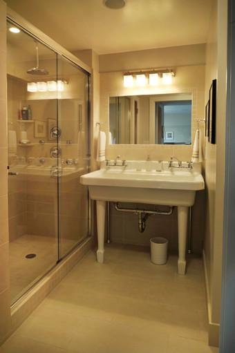 The Harding House traditional-bathroom