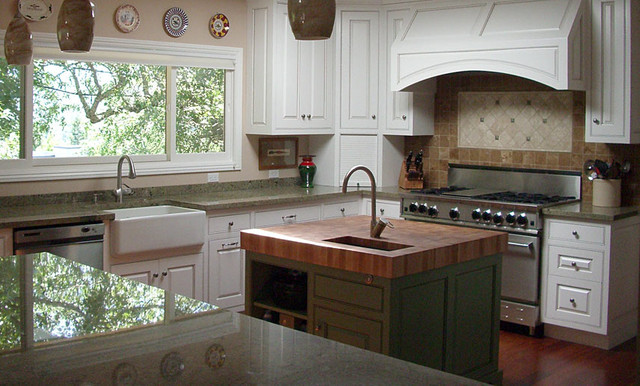 Island Countertop With Stove : Stove top with butcher block . Love the island stove with lots of ...