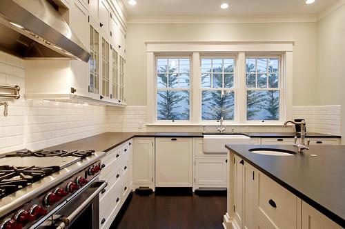 Cloud White kitchen cabinets