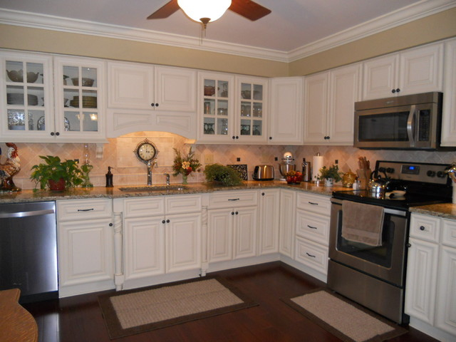 kitchen to go cabinets oasis kitchen columbus home traditional kitchen 6312