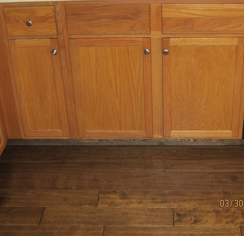 Dark Kitchen Cabinets With Dark Tile Floors
