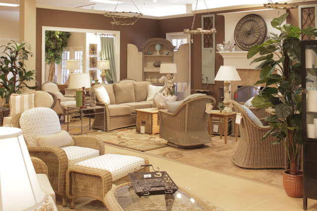 25 Wonderful Patio Chairs In Living Room