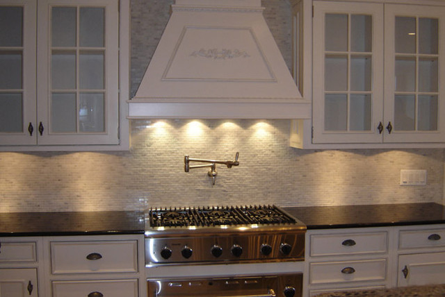 mini subway tile kitchen backsplash kitchen backsplash mini subway tiles eclectic 9174