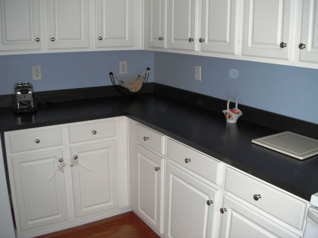 white kitchen cabinets with verde butterfly granite verde butterfly granite with white kitchen cabinets 1 4 12 29047