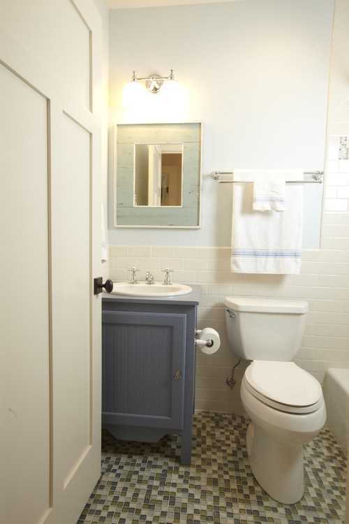 8 inexpensive bathroom updates anyone can do photos for Small bathroom upgrade ideas