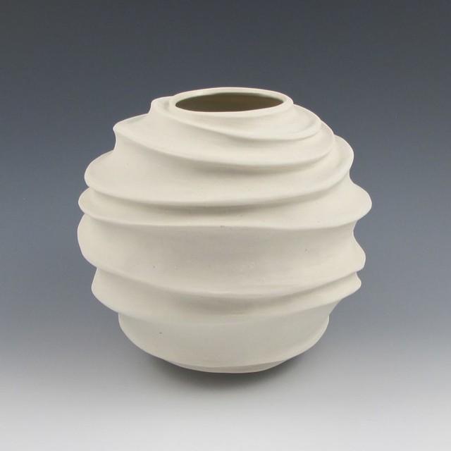Modern White Ceramic Vases Migrant Resource Network